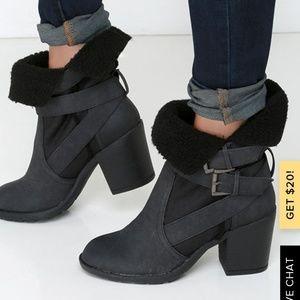 Lulus Report Boots Size 8 Yurick Moto Buckle